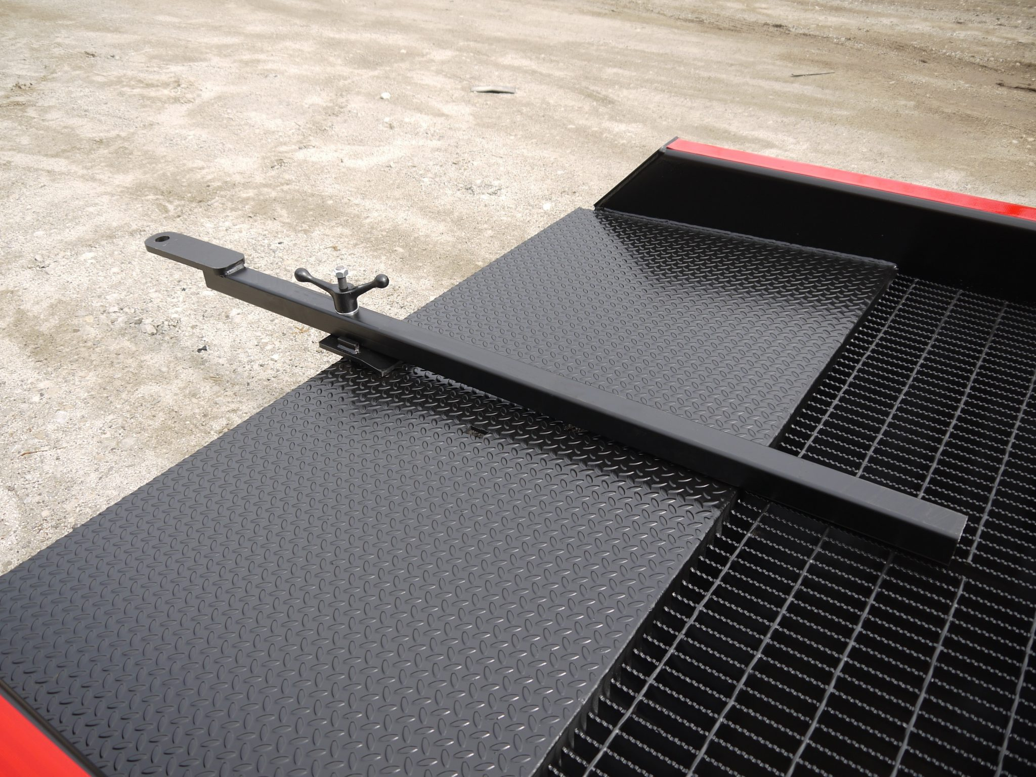 How to Move a Portable Truck Ramp | Tow Bar